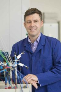 Dr. Christian Rosenkranz, vicepresidente de Ingeniería de Clarios